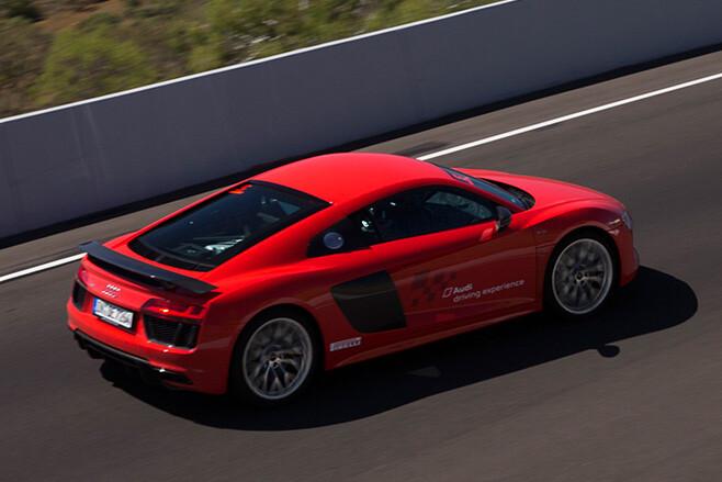 Audi -R8-side -rear -at -Mount -Panarama