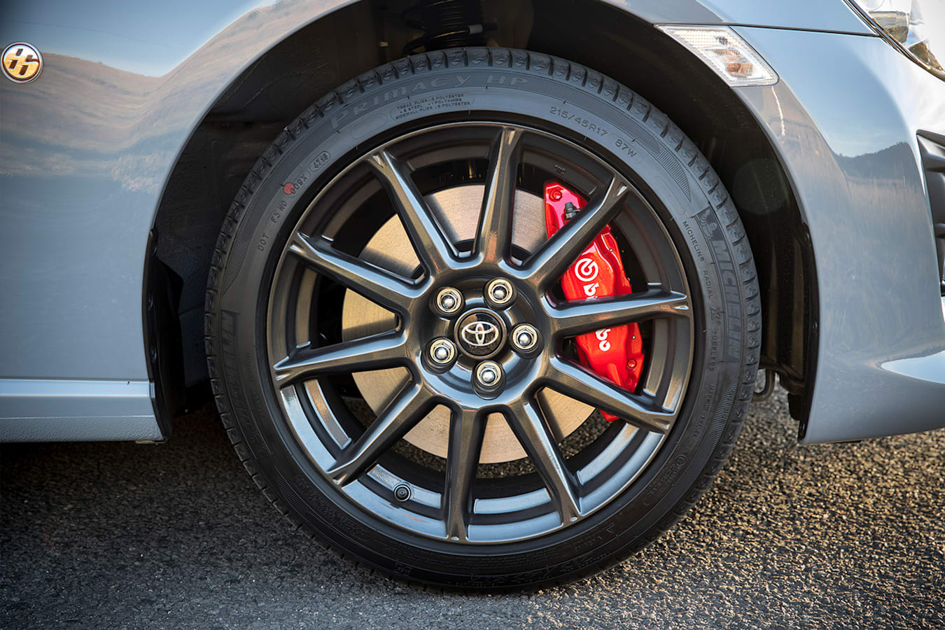 Toyota 86 Limited Front Wheel And Brakes Jpg