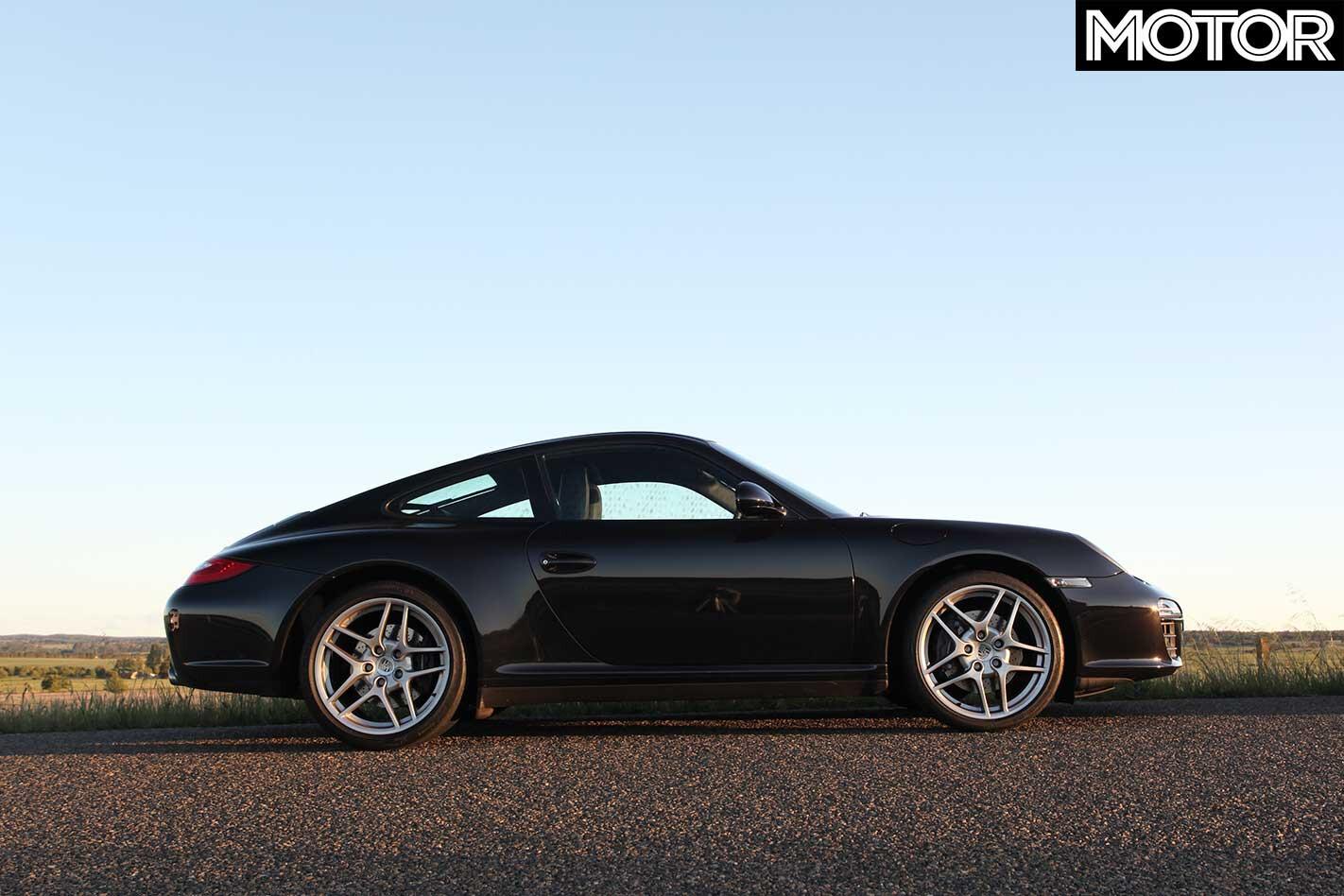 2011 Porsche 911 Carrera 4 S Side Profile Jpg