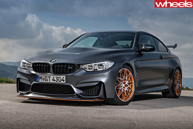 BMW-M4-GTS-2016-Front -side