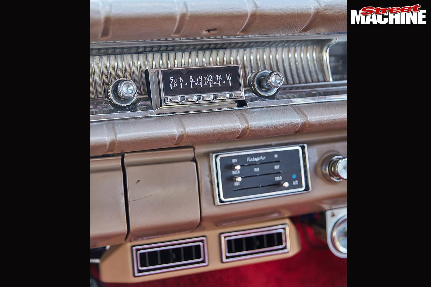Chev Bel Air dash