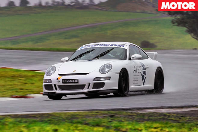 Posrceh gt3 driving front