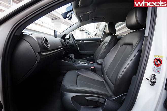 2017-Audi -A3-1L-interior
