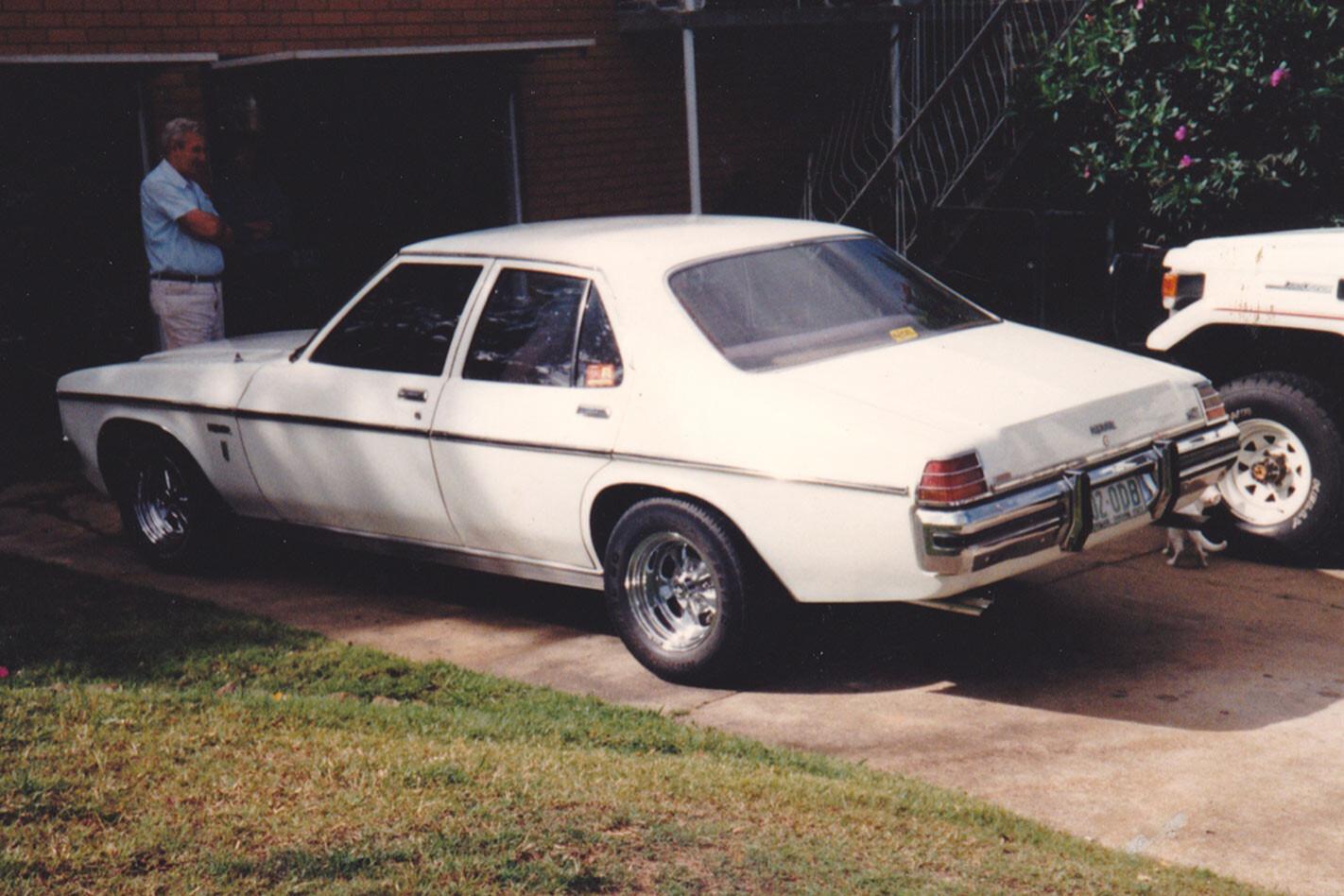 Holden HZ Premier