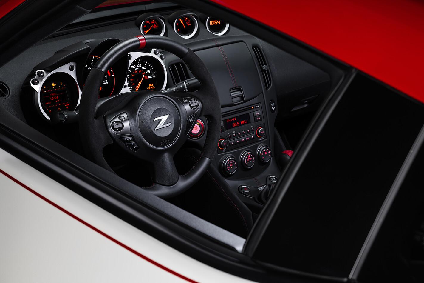 Nissan 370 Z Inside Jpg