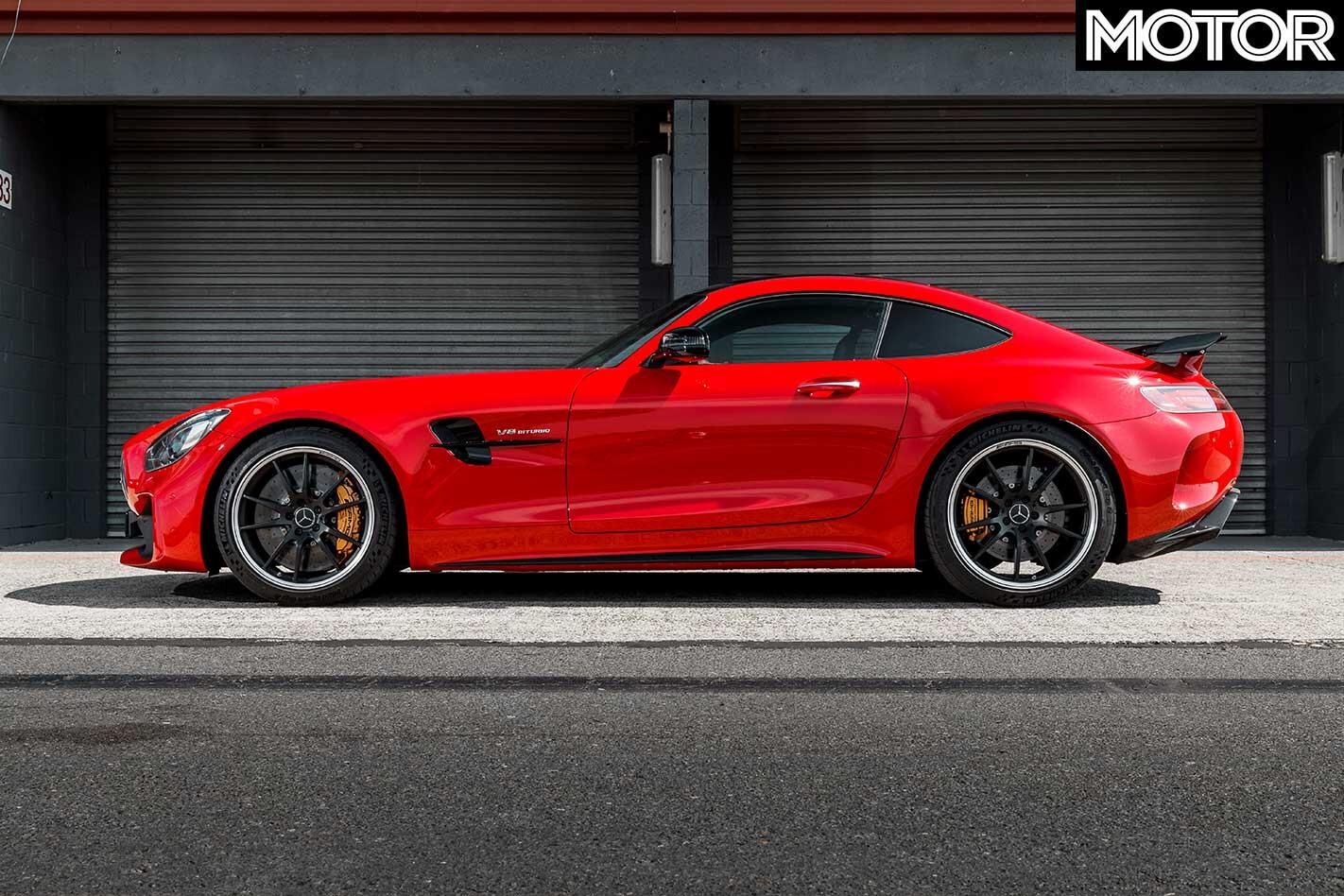 2019 Mercedes AMG GT R 12 Hours Review Sandown Raceway Pit Lane Jpg