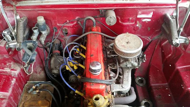 Holden EJ wagon engine bay
