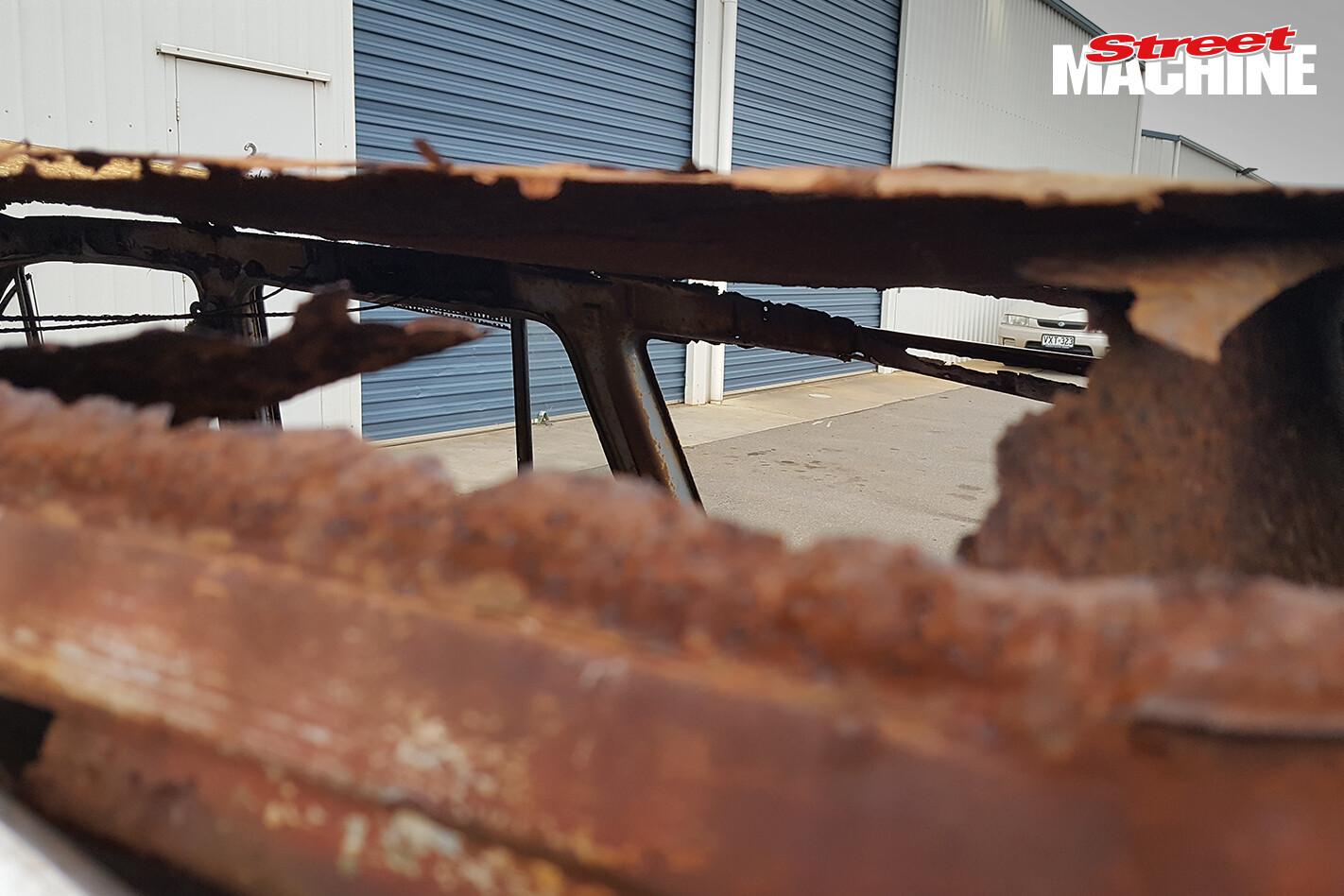 EH Holden Wagon Rusty 7