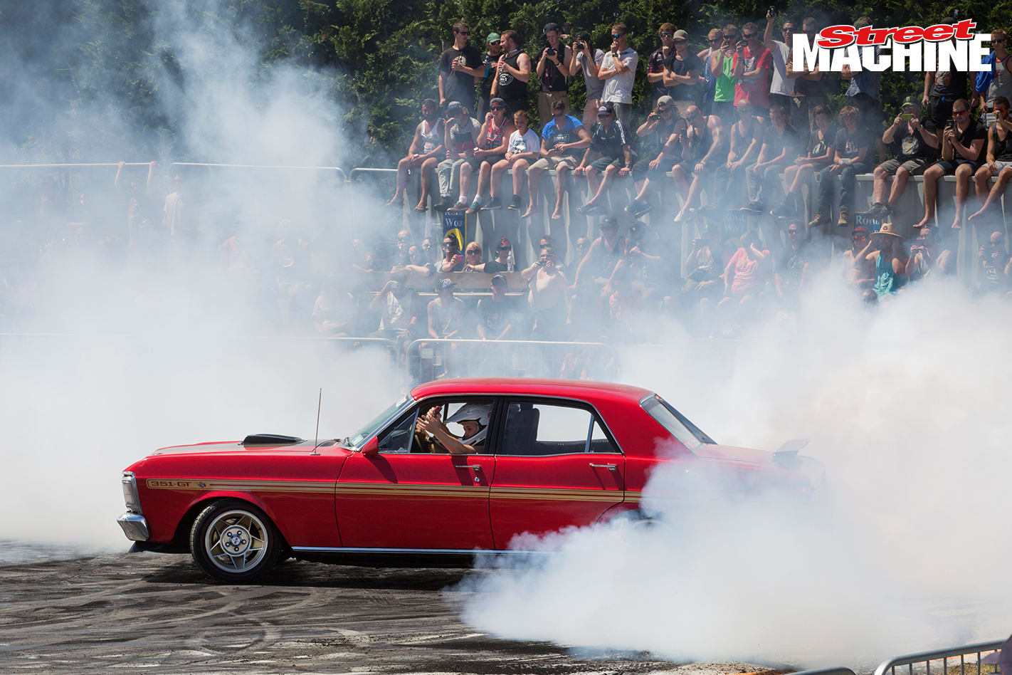Ford XW 351 GT Burnout