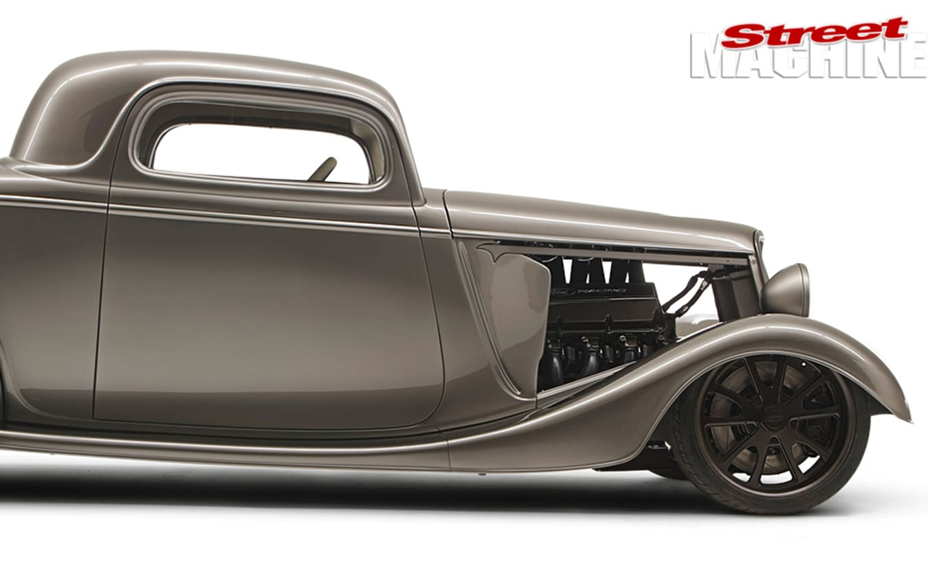 1933 Ford Coupe side
