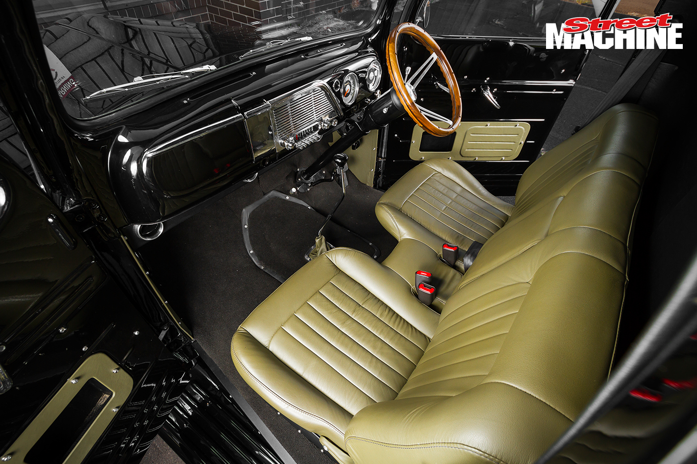 52 Ford F1 Pick Up Interior