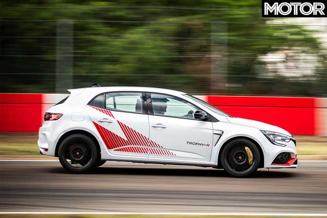2020 Renault Megane RS Trophy-R Record Edition performance