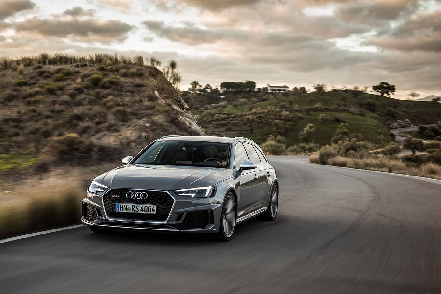 2018 Audi RS4 Avant quick review