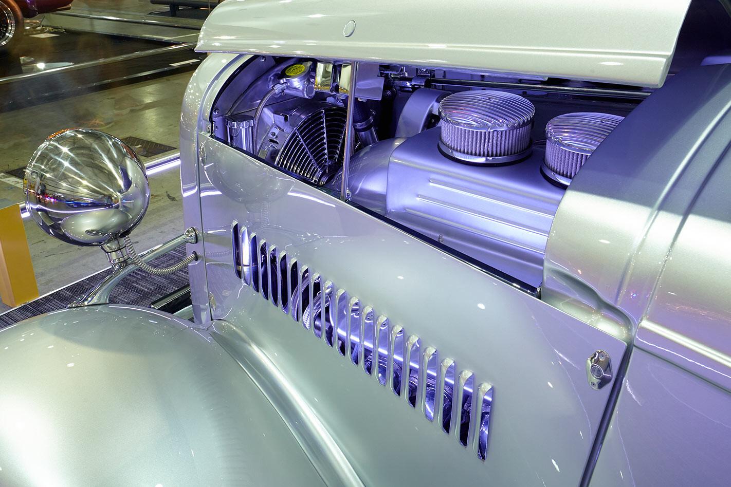 Silver Fox bus engine