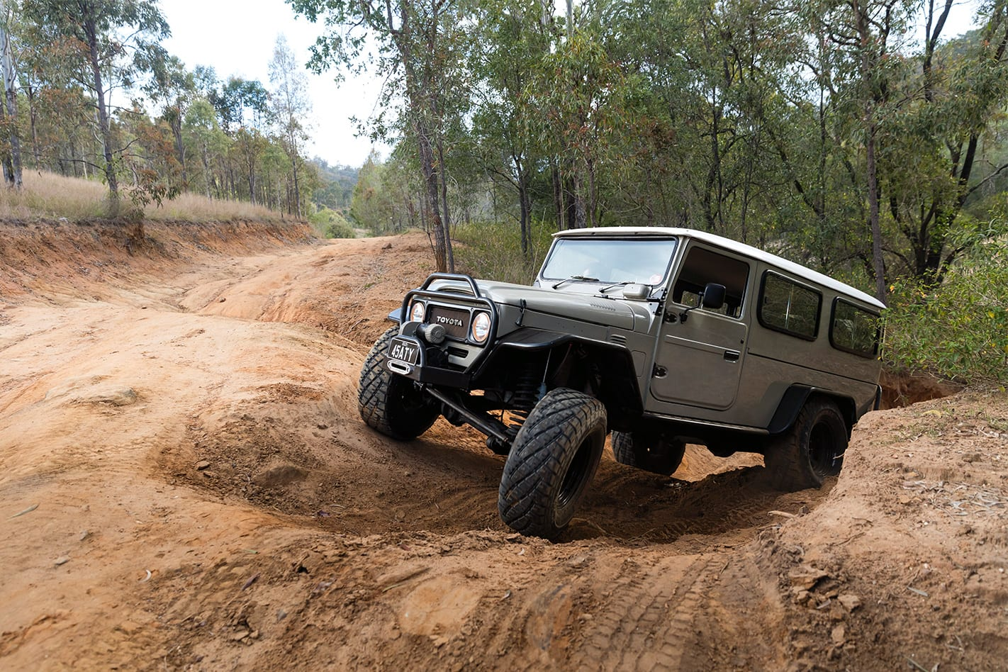 FROM-DOG-KENNEL-TO-FJ45-TROOPY.jpg