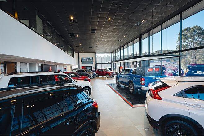 Mitsubishi-Dealership-interior