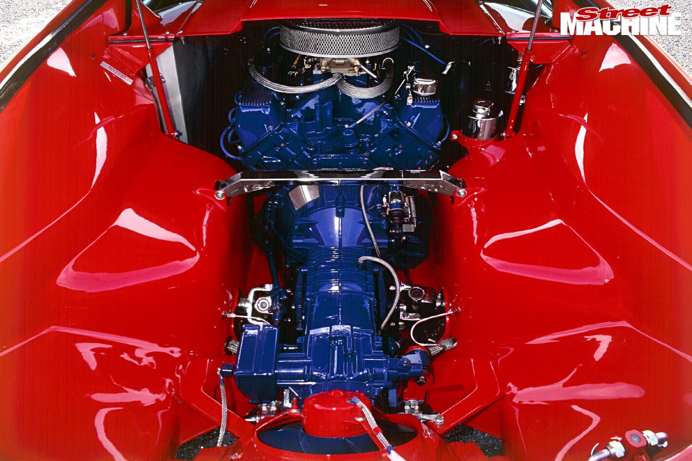 De Tomaso Pantera engine bay