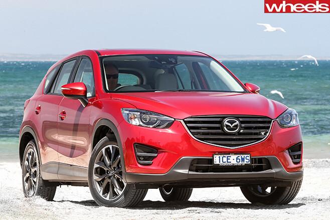 Mazda -CX-5-at -beach