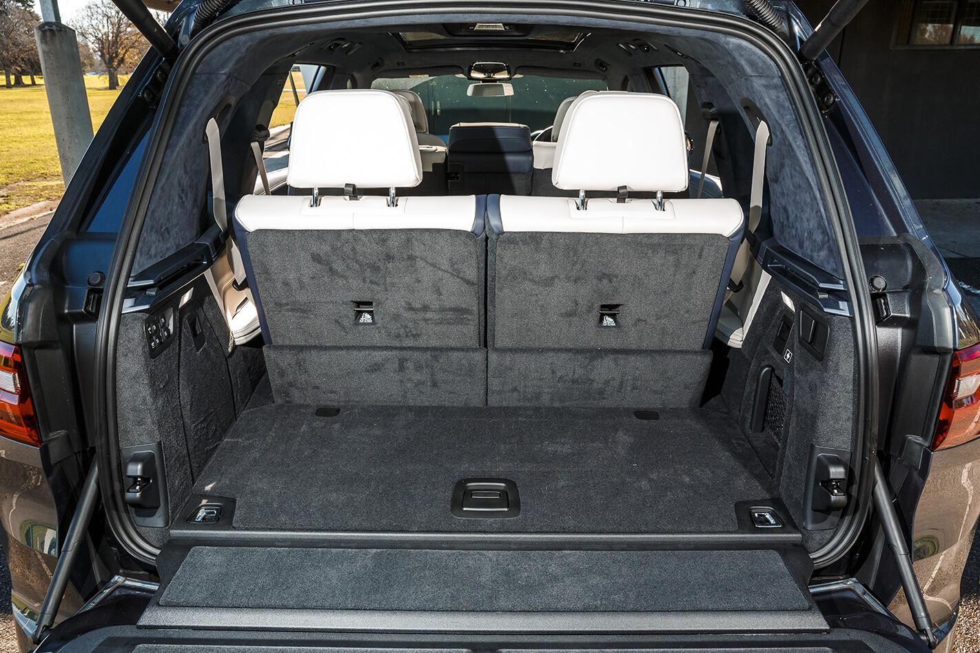 2019 Bmw X 7 30 D Review Interior Bootmin Jpg