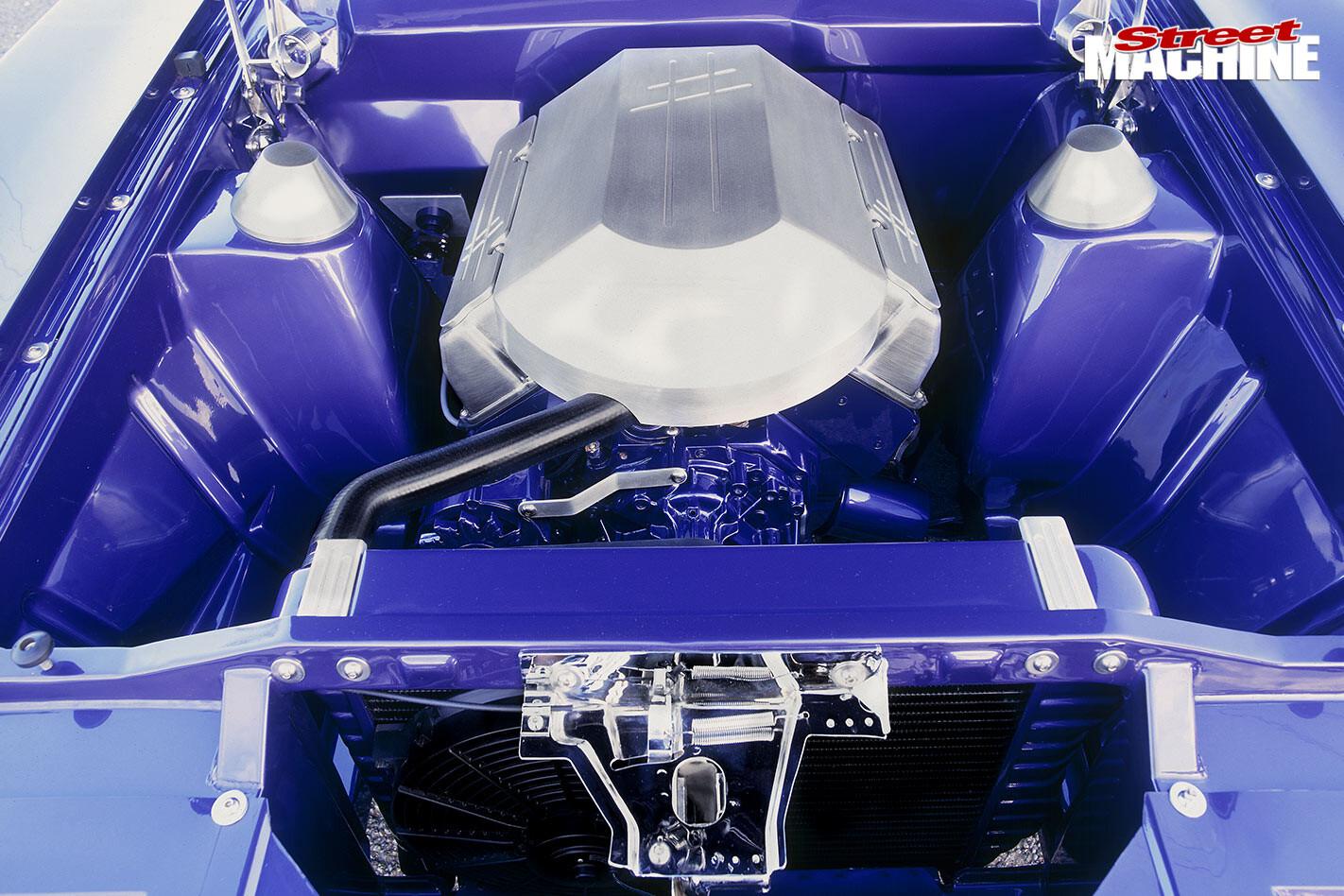Ford Falcon XC ute engine bay