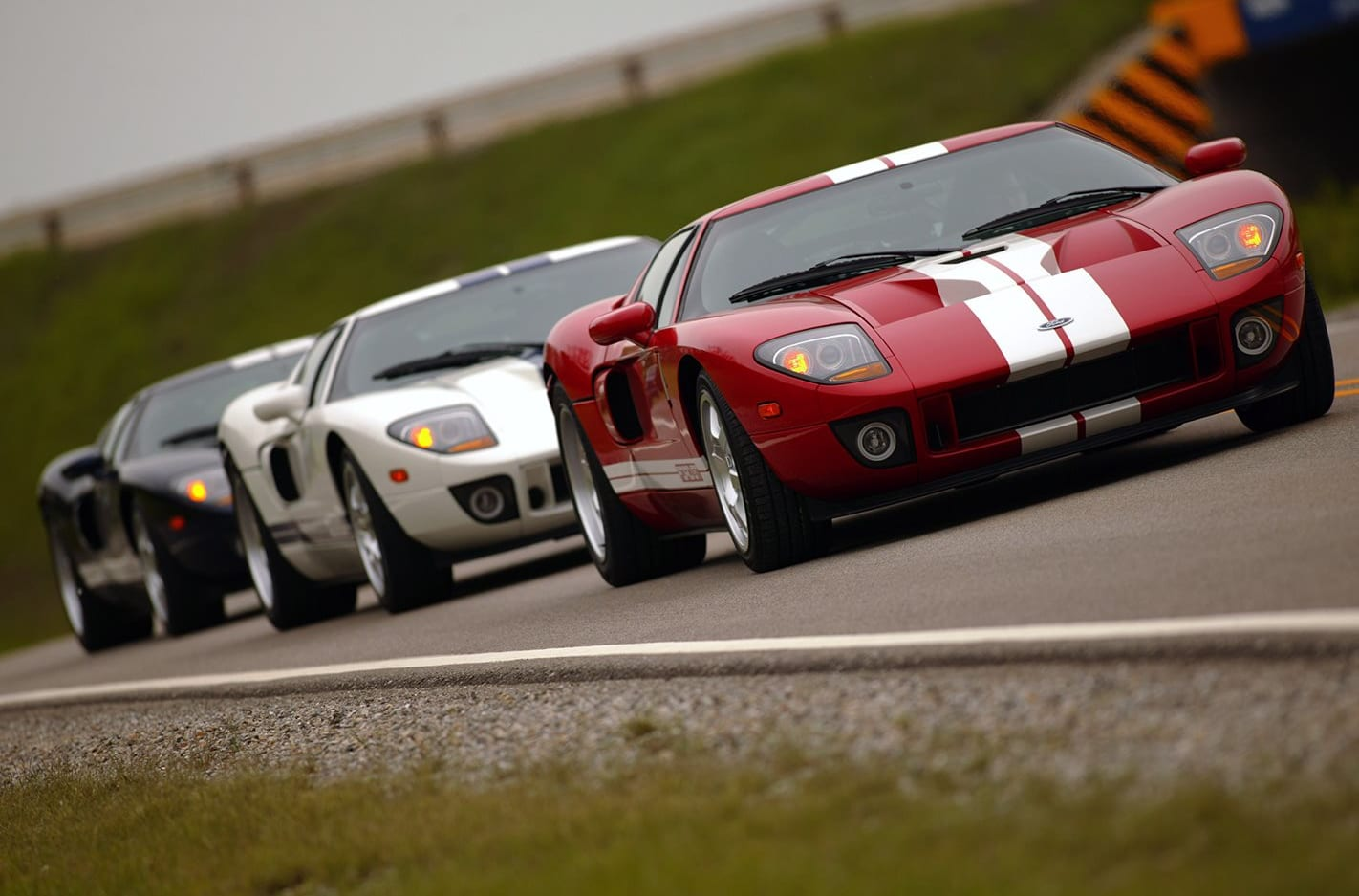 2005 Ford GT group of three cars