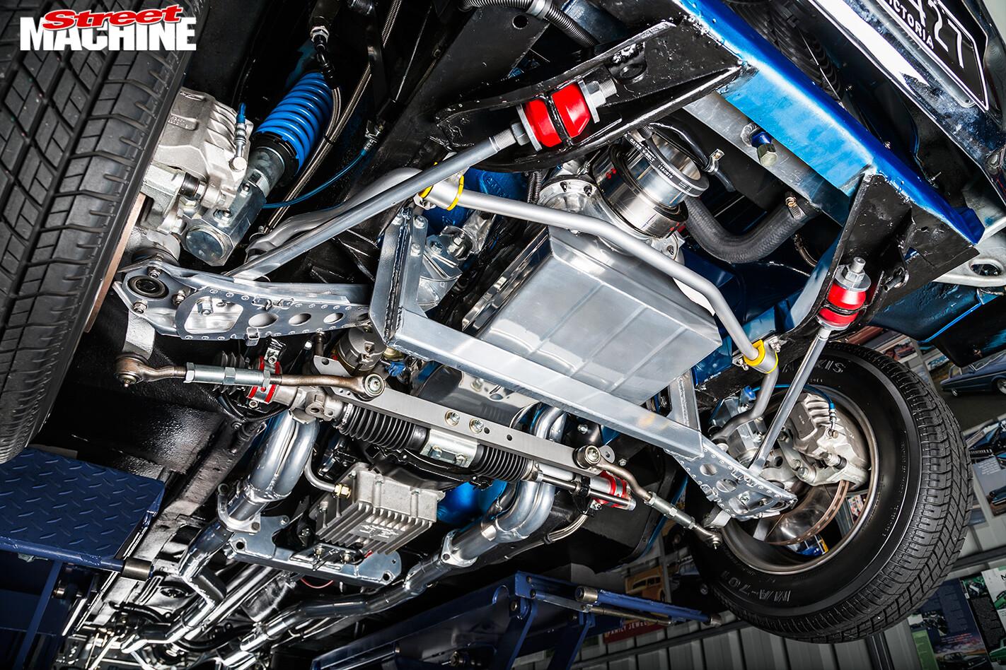 Ford -Falcon -XP-sedan -under -front