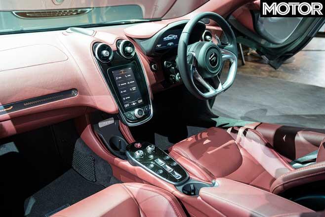 Mc Laren GT Cockpit Jpg