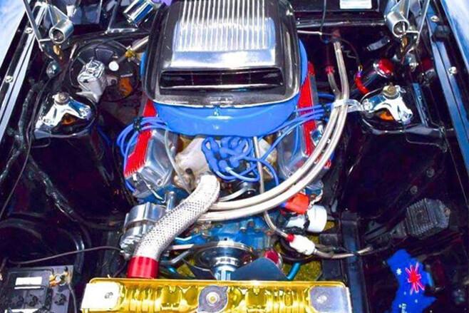 Ford Falcon ute engine