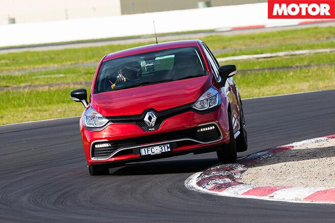 Renault sport clio trophy cornering