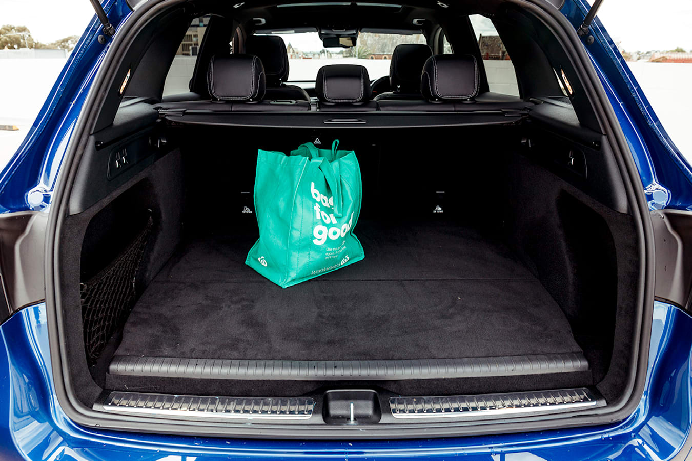 Mercedes-Benz GLC 300e boot space