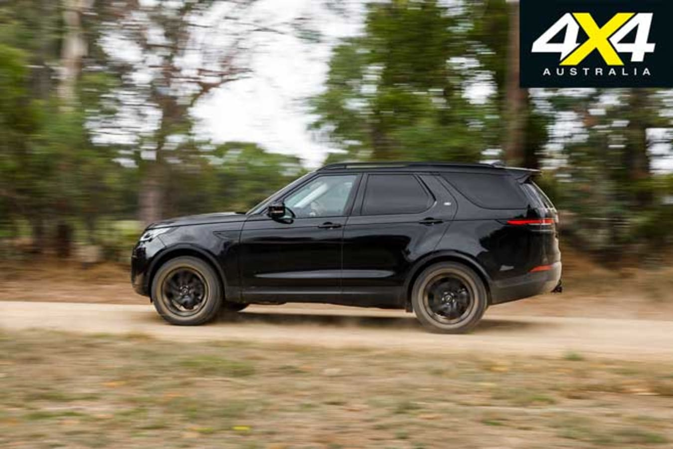 2019 Land Rover Discovery SD 4 Off Road Touring Jpg