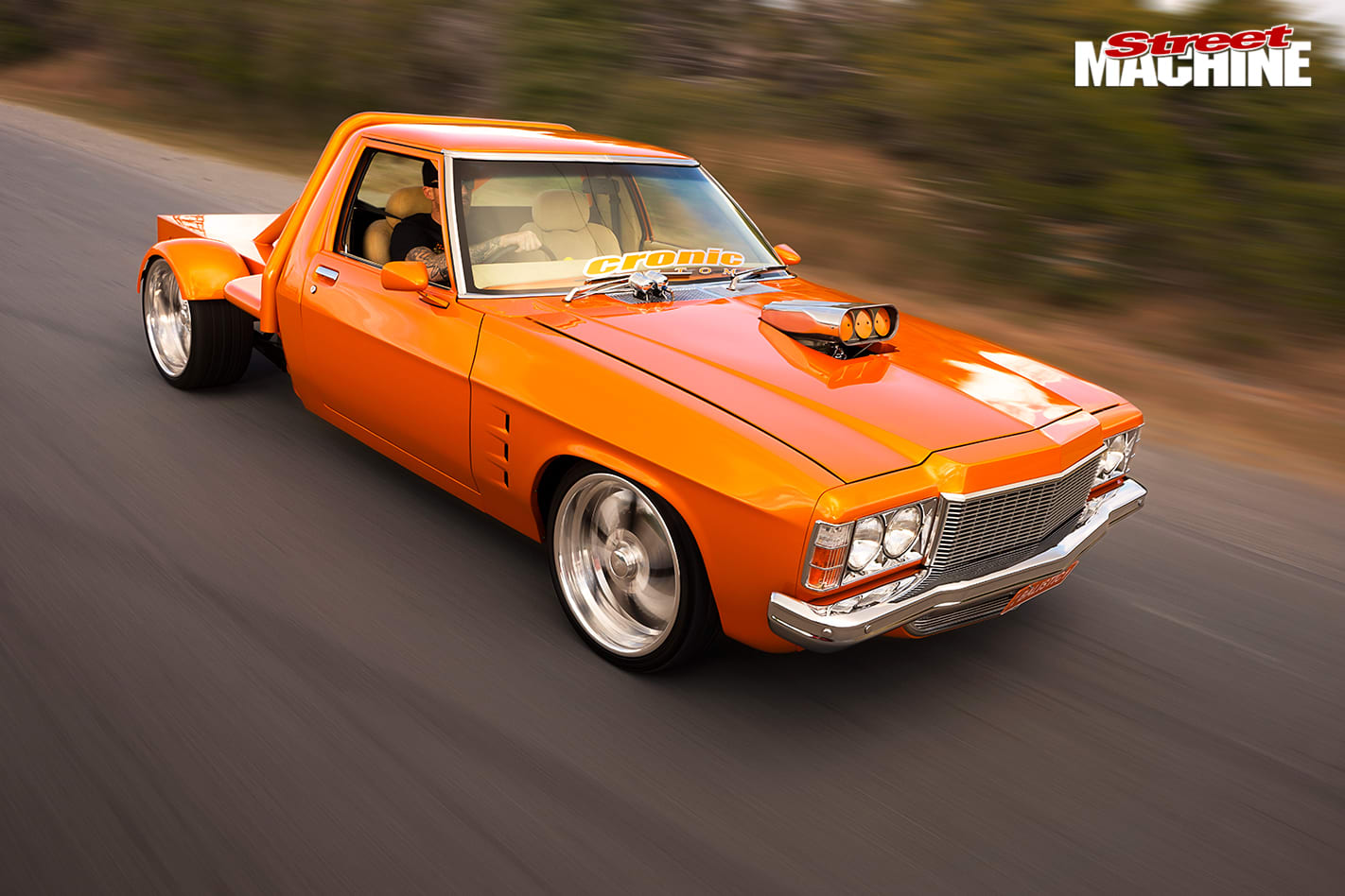 400-Cube -Holden -HQ-One -Tonner -driving