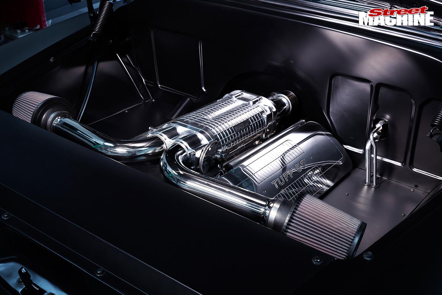 1957-chevy -pickup -engine