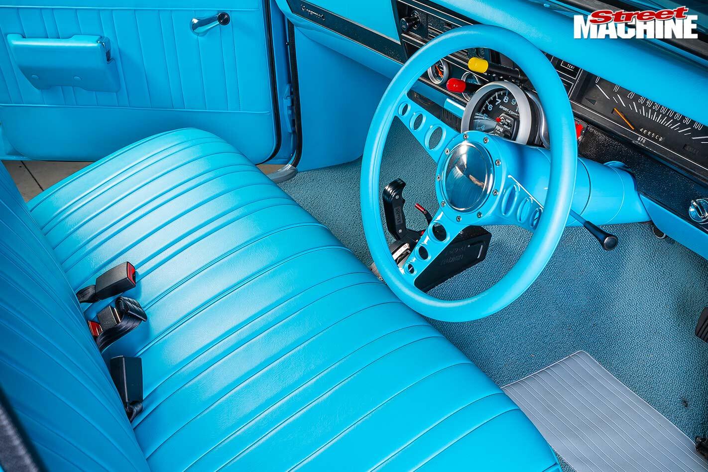 Holden HK Kingswood interior front