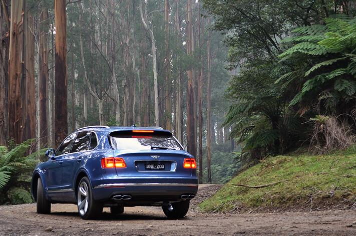 Bentley Bentayga Diesel Rear Quarter Jpg
