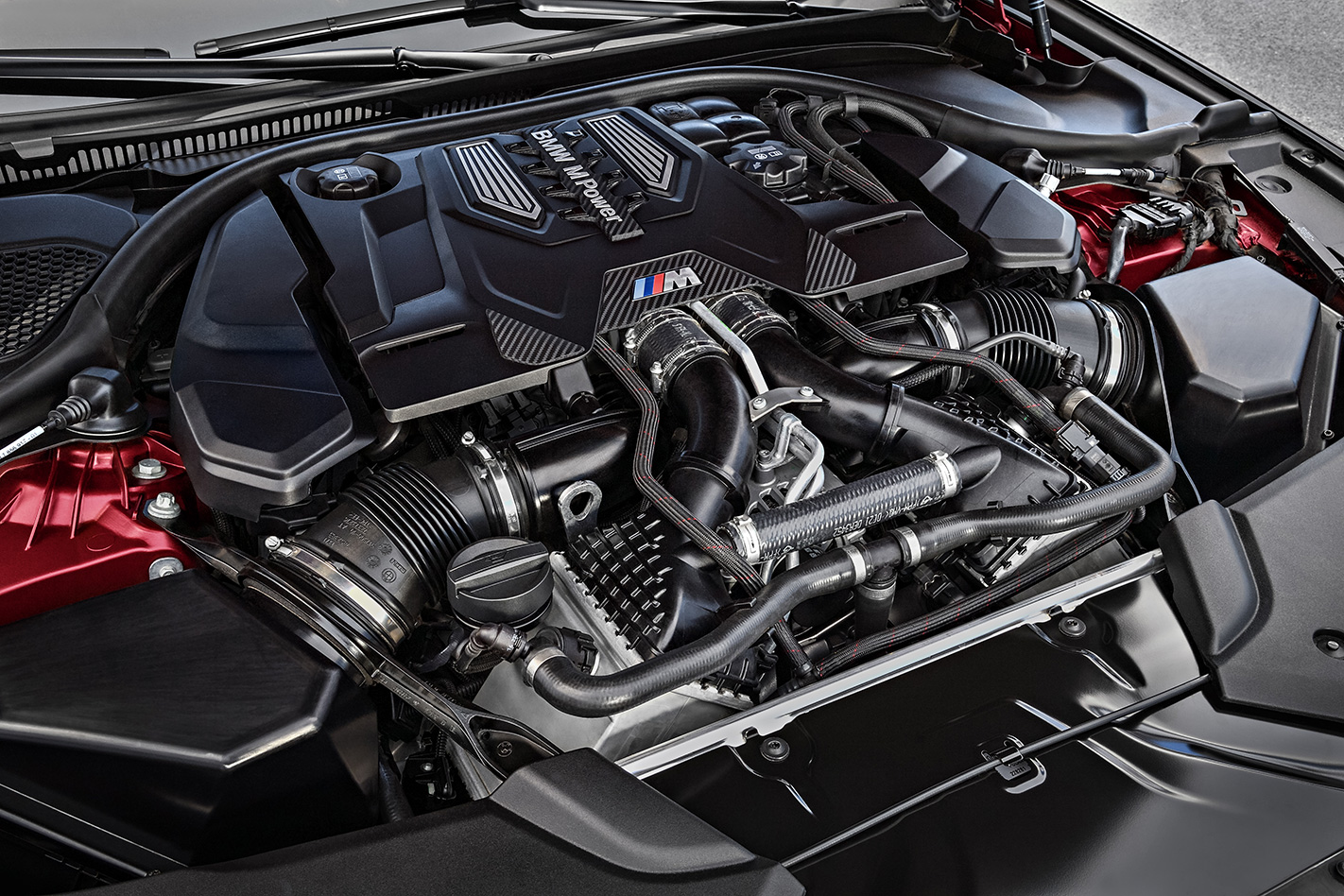 2018 BMW M5 First Edition engine.jpg