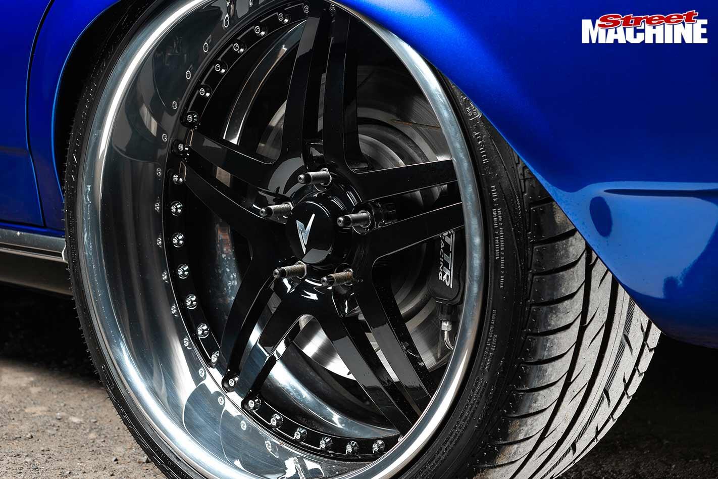 Ford XY Falcon wheel