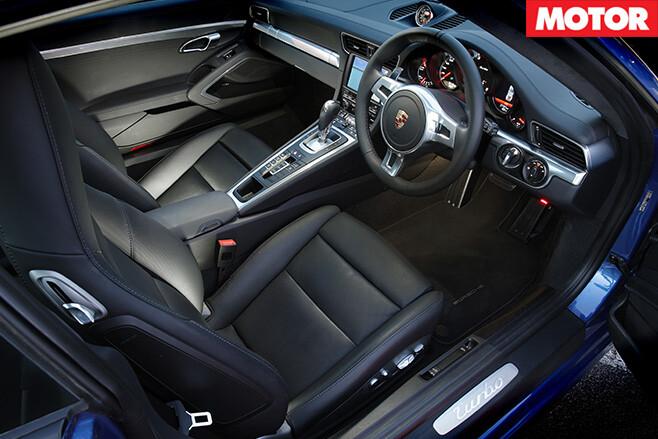 Porsche 911 Turbo S interior