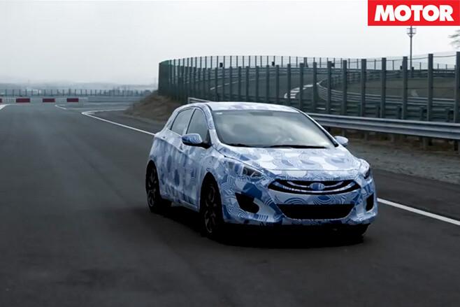 Hyundai -i 30-N-front -driving