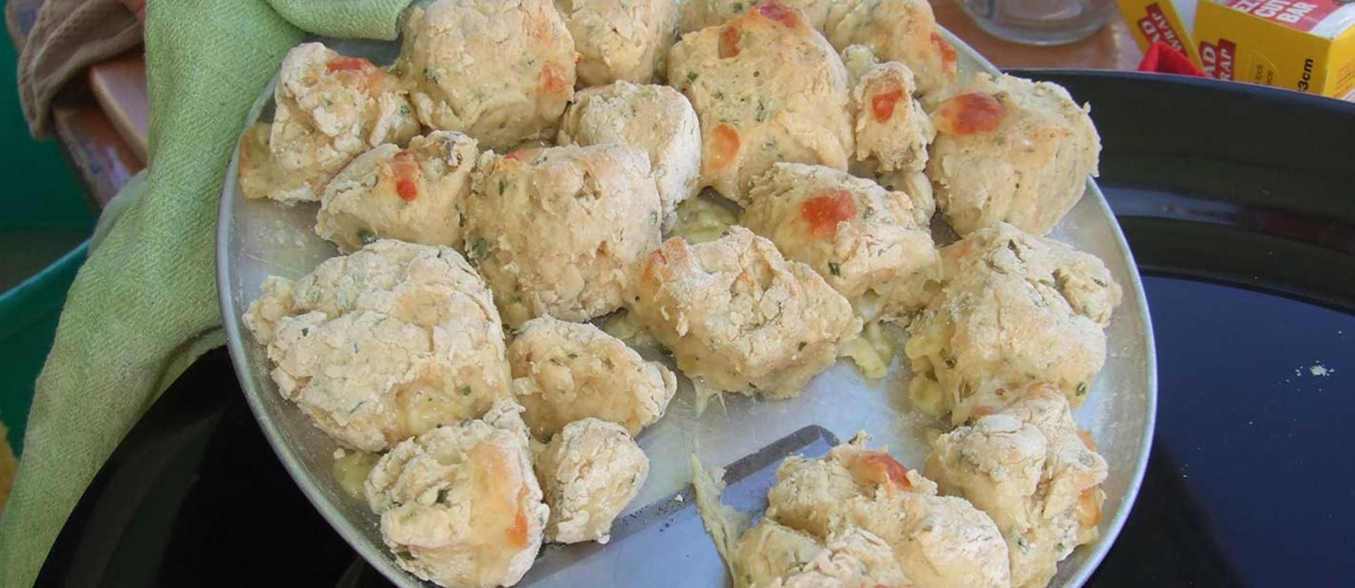 Recipe Delightful Cheesy Damper pieces