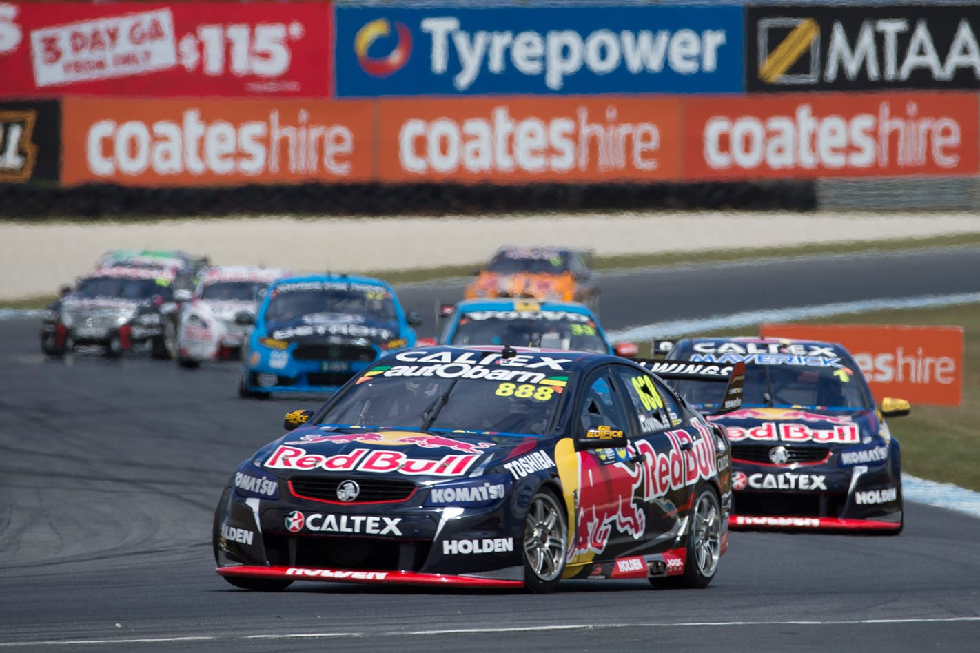Lowndes -powers -closer -at -Phillip -Island -1