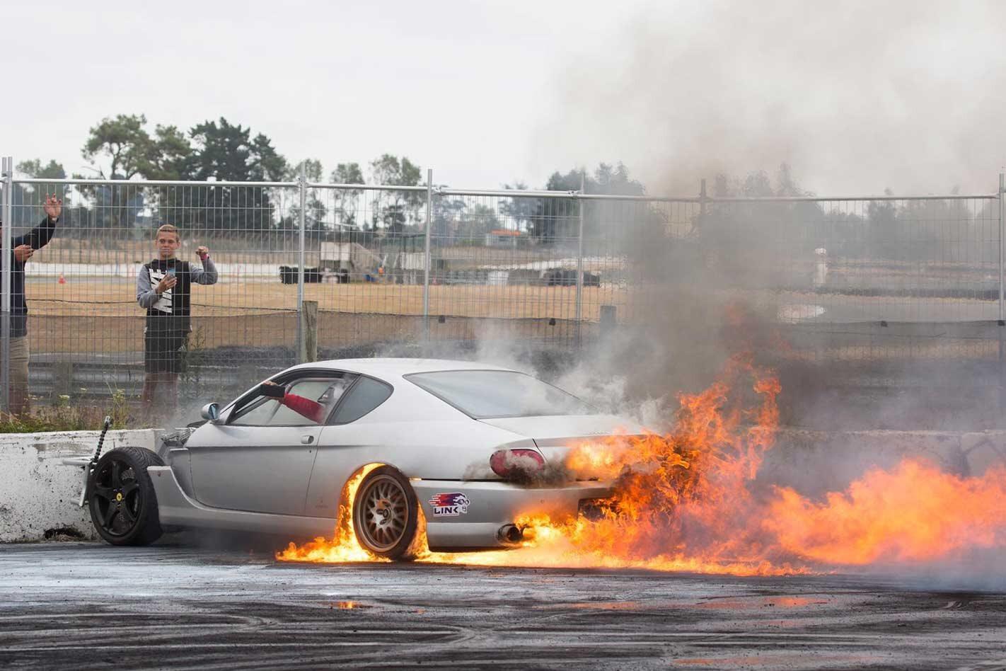 Rotary-swapped Ferrari 456 anger Maranello