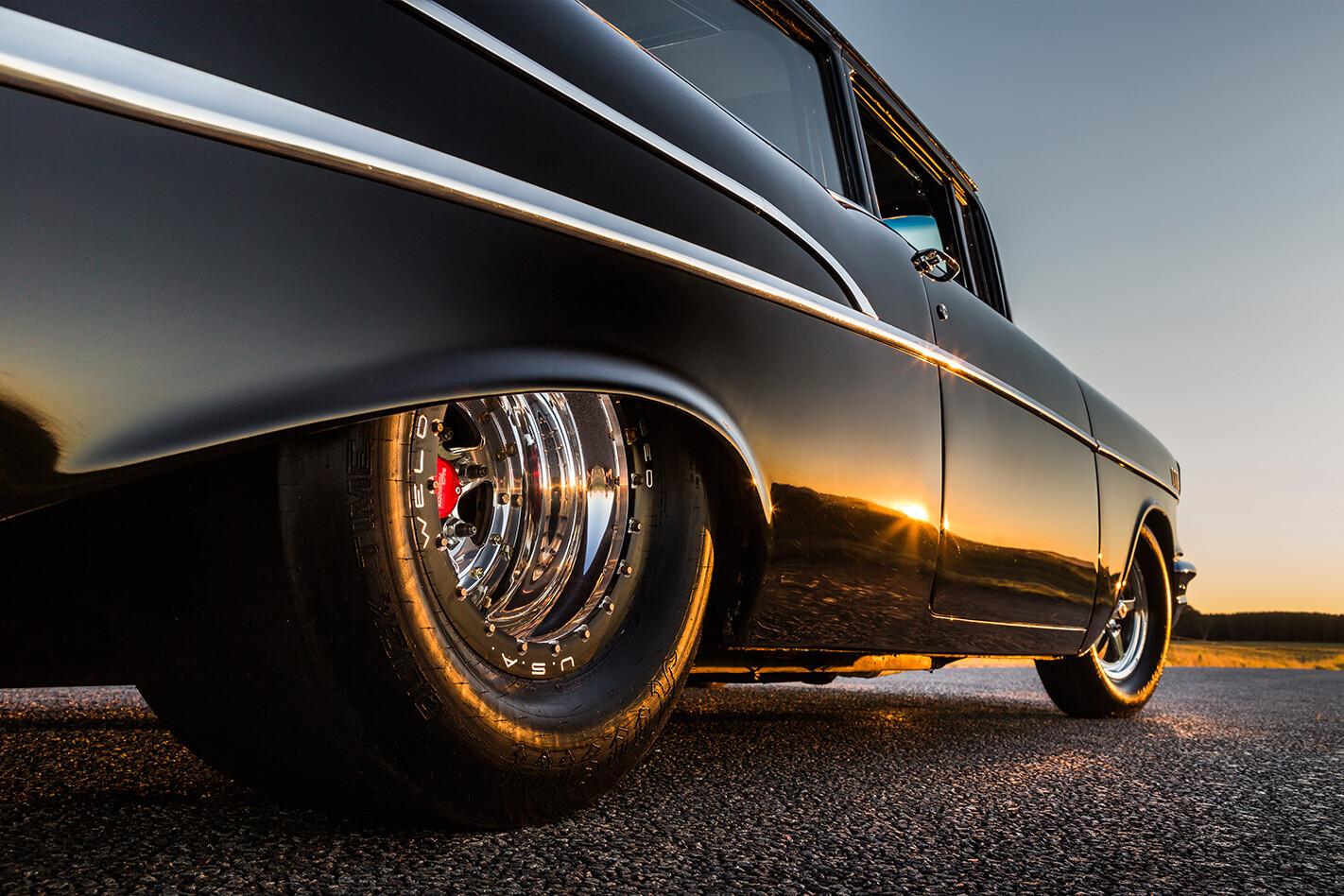 1957-Chevrolet -wheel