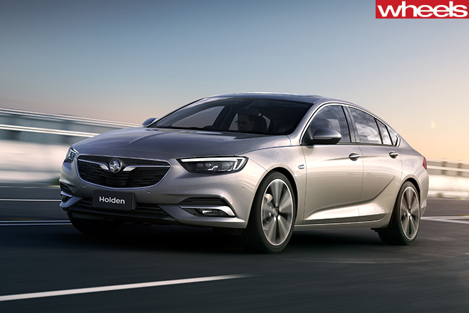Holden -Commodore -NG-driving -front