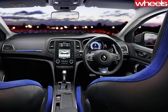 Renault -Sport -Megane -GT-steering -wheel