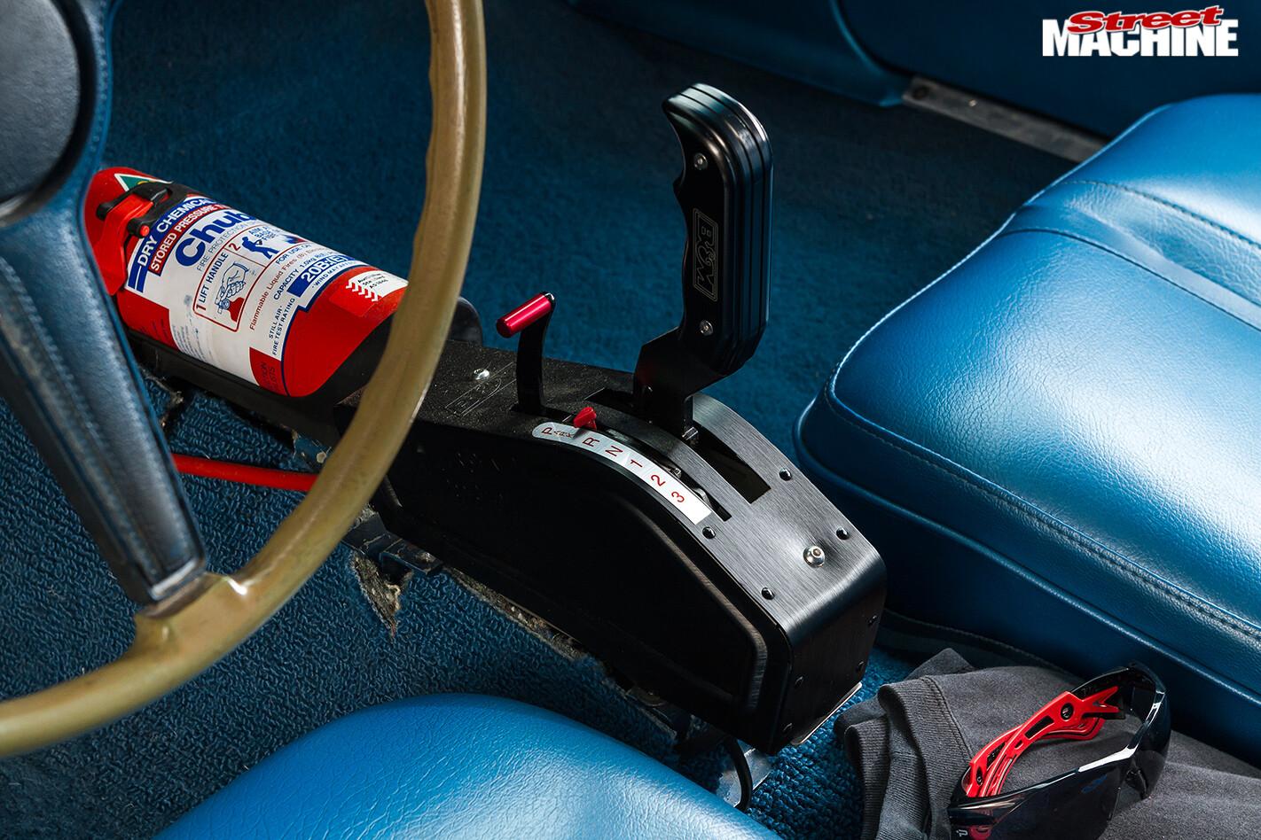 Plymouth -barracuda -shifter
