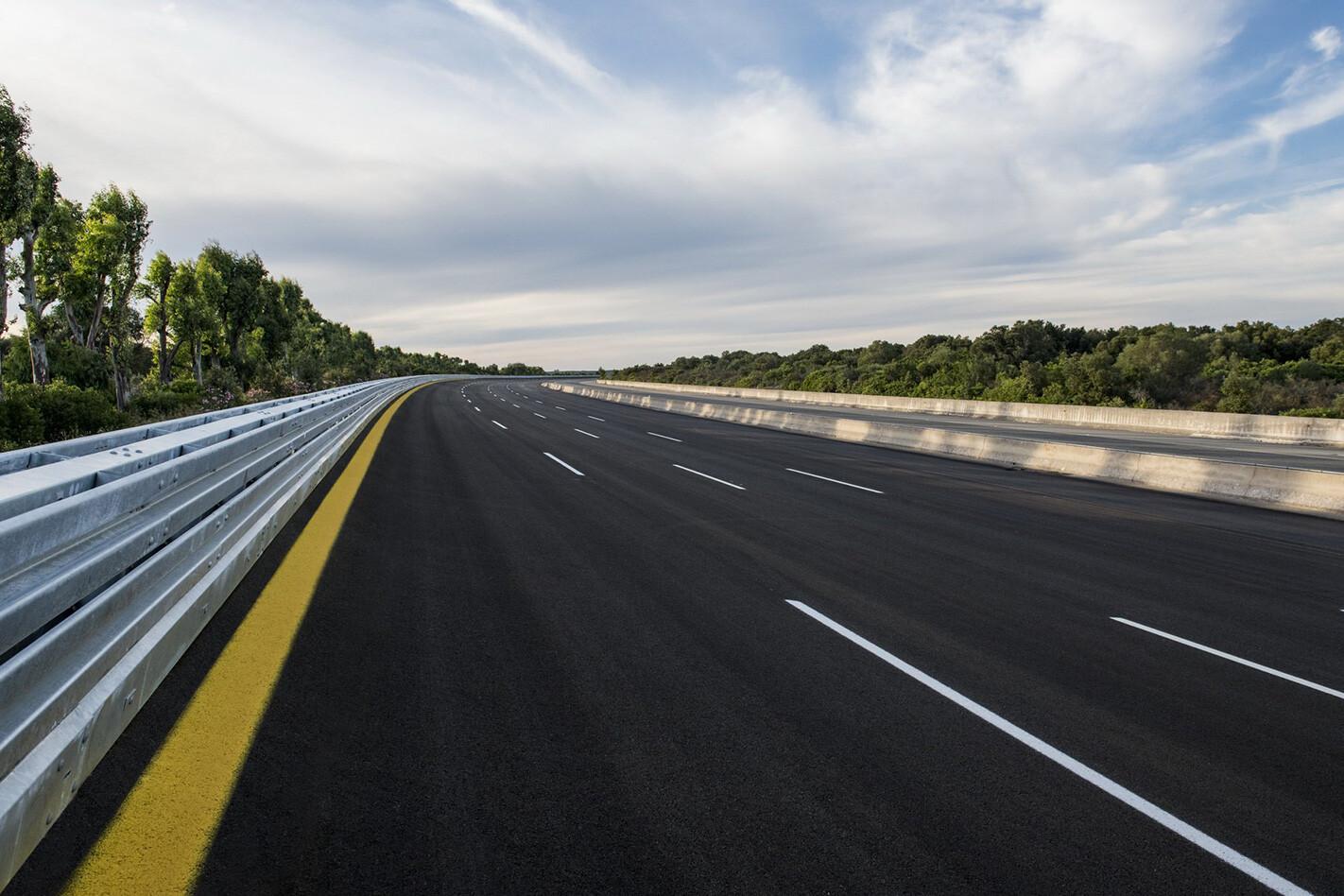 Bugatti Veyron Track Jpg