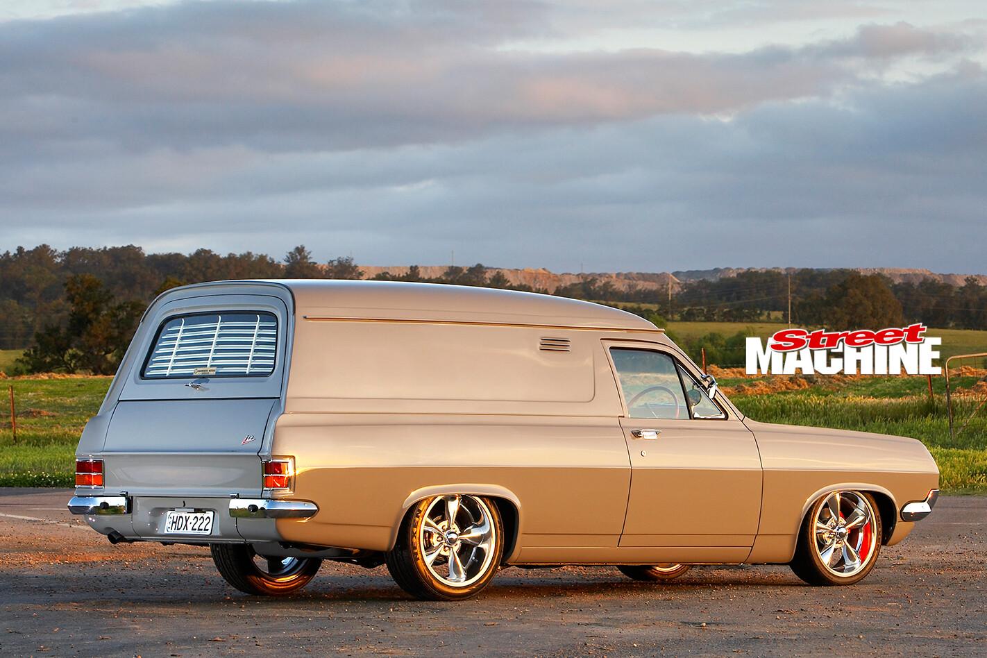 Holden -HD-rear -side -2