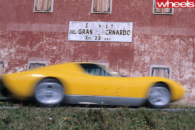Yellow -Lamborghini -Muira -front -driving -side