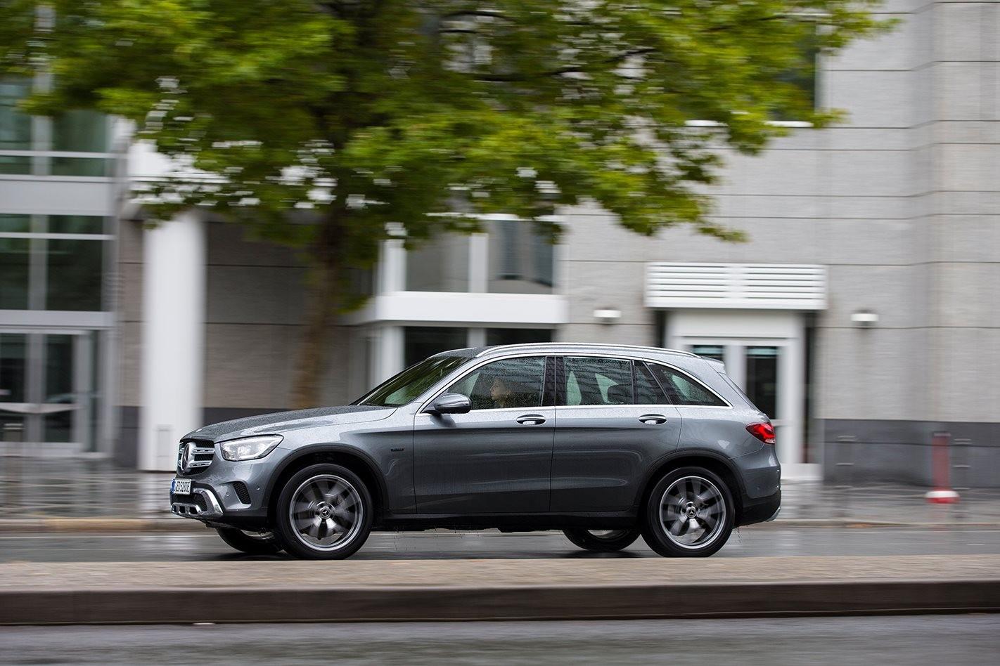 Mercedes-Benz GLC 300e 2019 review